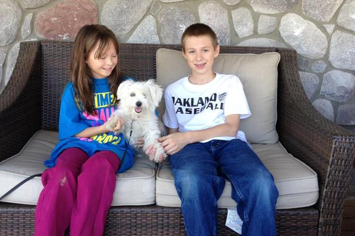 2014-04-20-gracie-and-her-siblings-cropped02